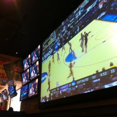 Photo taken at Frankie's Sports Bar & Grill by Jaime E. on 3/15/2012