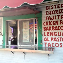 Photo taken at Taqueria El Si Hay by Geekette B. on 7/4/2012