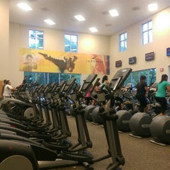 Photo taken at LA Fitness by Stephen on 7/13/2015