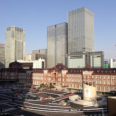 Photo taken at 丸の内ビルディング (丸ビル) / Marunouchi Building by takao26 on 3/2/2013