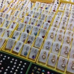 Photo taken at Pasar Kraftangan (Handicraft Market) by Fendi I. on 3/12/2014