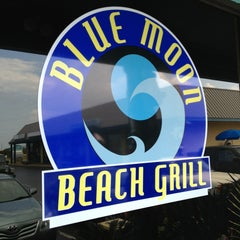 Photo taken at Blue Moon Grill by John M. on 9/1/2013