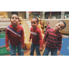 Photo taken at Play Smart by Samuel F. on 1/29/2014