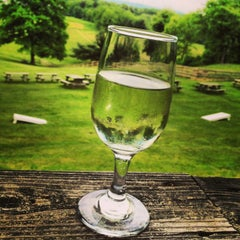 Photo taken at Winery at Wolf Creek by Mary R. on 5/28/2013