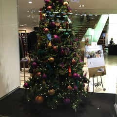 Photo taken at ESTNATION 有楽町店 by KEIKO on 12/3/2014