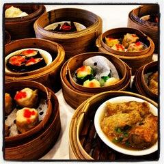 Photo taken at Dynasty Restaurant by Gidz H. on 5/11/2013