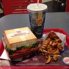 Photo taken at Burger King by Richard Y. on 8/10/2013