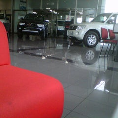 Photo taken at Motorysa Mitsubishi Colombia by Giggio T. on 1/25/2013