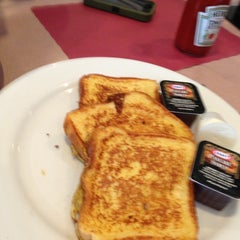 Photo taken at Penny's Diner and Restaurant by Kelli on 5/19/2013