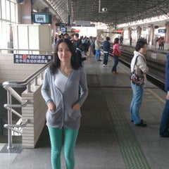 Photo taken at 镇坪路地铁站 | Zhenping Rd. Metro Stn. by Dmitry S. on 4/30/2013