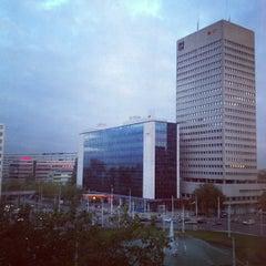 Photo taken at Hilton Rotterdam Hotel by Fredrik W. on 10/10/2012