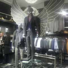 Photo taken at GOTSTYLE Menswear by Marie R. on 11/29/2012