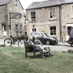 Photo taken at Stow-on-the-Wold by ibrahim y. on 8/11/2015