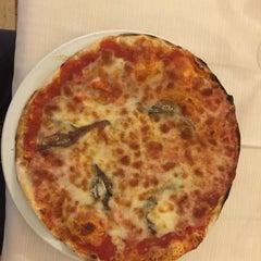 Photo taken at Ristorante Pizzeria Bibo Bar by Uygar A. on 2/7/2016