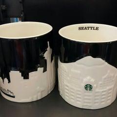 Photo taken at Starbucks by Lorraine Y. on 6/18/2015
