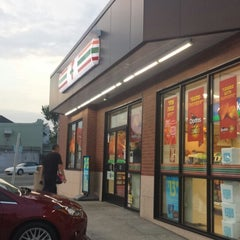 Photo taken at 7-Eleven by Christian T. on 1/2/2015