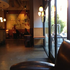Photo taken at Starbucks by Jean Y. on 9/13/2013