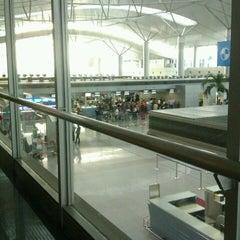 Photo taken at Tan Son Nhat International Airport (SGN) Sân Bay Quốc Tế Tân Sơn Nhất by Anna M. on 2/6/2013