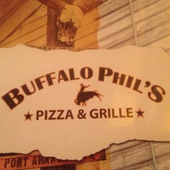 Photo taken at Buffalo Phil's Pizza & Grille by Robert B. on 12/12/2012