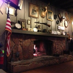 Photo taken at Cracker Barrel Old Country Store by Raymond M. on 4/19/2013