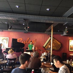 Photo taken at Ryles Jazz Club by Armand M. on 9/28/2014