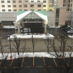 Photo taken at DoubleTree by Hilton Hotel Chicago O'Hare Airport - Rosemont by Vince B. on 2/27/2013
