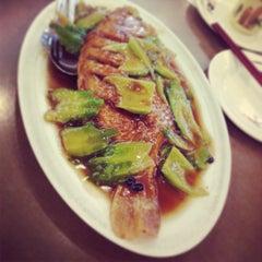 Photo taken at Kam Ho Restaurant by Loretta H. on 7/12/2013