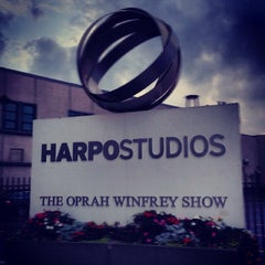 Photo taken at Harpo Studios by Noj Otsëit A. on 4/27/2014
