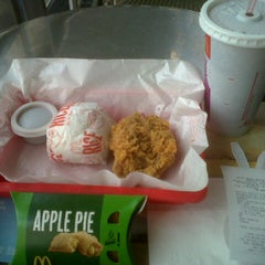 Photo taken at McDonald's by Suzzzie S. on 2/28/2013