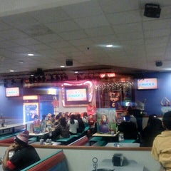 Photo taken at Chuck E. Cheese's by Greenville N. on 11/15/2015