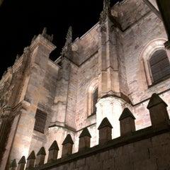 Photo taken at Fachada Universidad by Davididis De Ecclesius on 12/25/2012