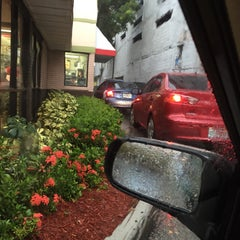 Photo taken at Boston Market by Karen N. on 8/8/2015