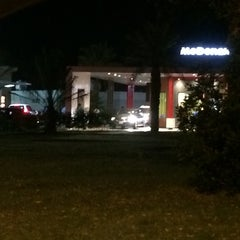 Photo taken at McDonald's ( Drive Thru ) by TaLaL A. on 5/7/2014
