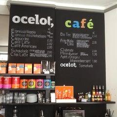 Das Foto wurde bei ocelot, not just another bookstore von Matthias am 4/13/2013 aufgenommen