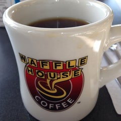 Photo taken at Waffle House by Donald S. on 5/31/2014