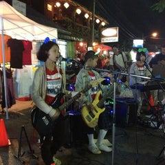 Photo taken at ถนนคนเดิน แม่ฮ่องสอน by Aon D. on 1/11/2013