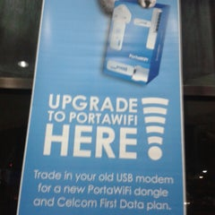 Photo taken at Celcom Ipoh Branch by CheAbang B. on 4/7/2013