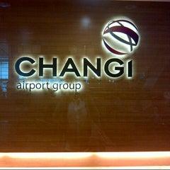 Photo taken at Singapore Changi Airport (SIN) by bel bel l. on 7/9/2013