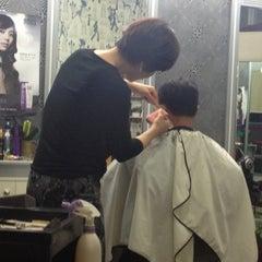 Photo taken at 아이리스 by sesajoon on 10/13/2012