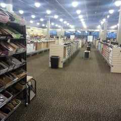 Photo taken at DSW Designer Shoe Warehouse by Rae J. on 1/28/2013