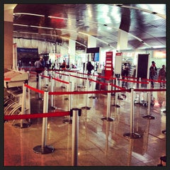 Photo taken at Aeropuerto Internacional Rafael Nuñez (CTG) by Roberto B. on 1/19/2013