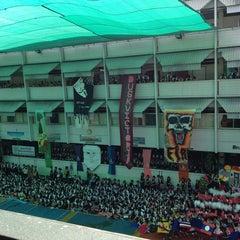 Photo taken at โรงเรียนสตรีวัดมหาพฤฒาราม (Mahaprutaram Girls' School) by Y. C. on 12/28/2012