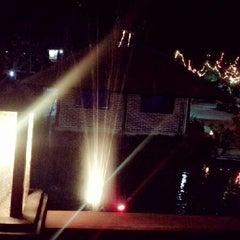 Photo taken at ปลาชานเมือง by Porjai... k. on 3/10/2013