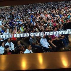 Photo taken at Gereja Kemah Tabernakel (Tabernacle Family) by Fabiola W. on 6/2/2014