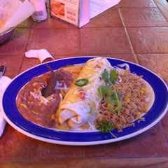 Photo taken at On The Border Mexican Grill & Cantina by Jason F. on 12/6/2012