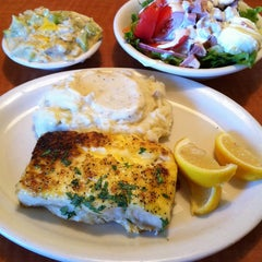 Photo taken at Luby's by Oliver V. on 1/6/2013