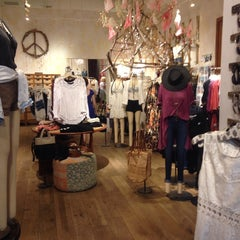 Photo taken at Free People by Joy Paper P. on 7/3/2014