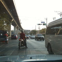 Photo taken at แยกโรงกรองน้ำ (Rong Krong Nam Junction) by Pitakpong S. on 2/2/2014