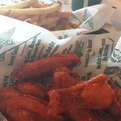 Photo taken at Wingstop by Atakorn T. on 5/13/2013