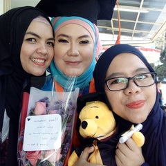 Photo taken at Universitas Islam Bandung (UNISBA) by Gina T. on 8/30/2015